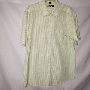 QUICK SILVER  Button Down Shirt